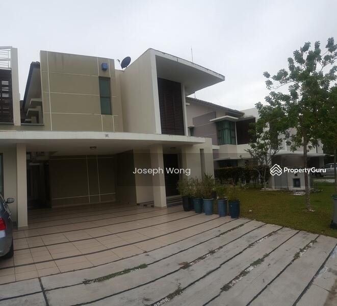 East ledang jalan hang kasturi 1 10 east ledang johor 4 bedrooms 4050 sqft semi detached Master bedroom for rent in johor