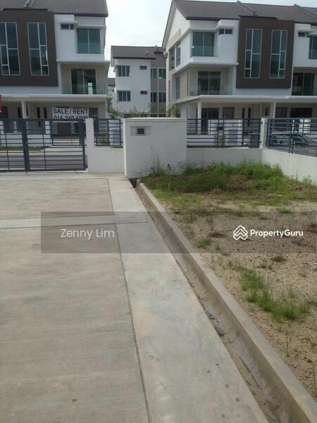 Armaya 3 endlot bandar botanik 3 storey terrace house for 3 storey terrace house