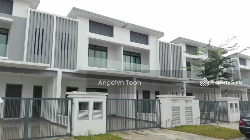 Canal garden superlink terrace house jalan maya 3 6 for 3 storey terrace house for sale