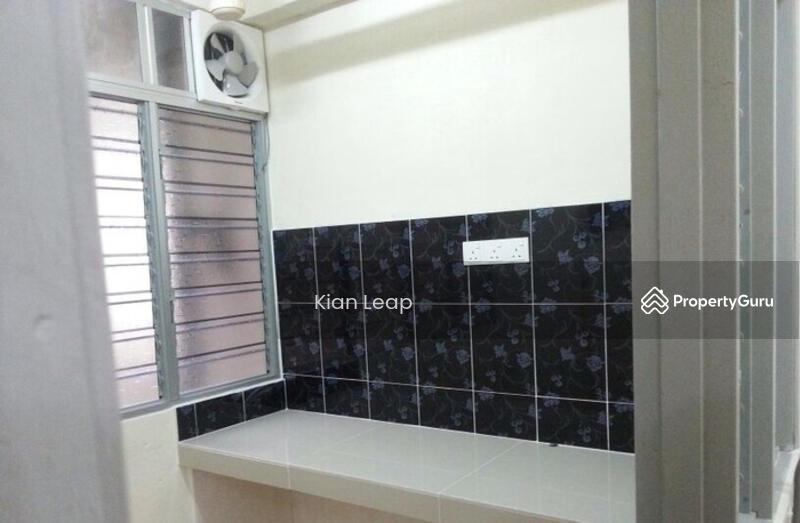 Taman Bukit Kenangan Low Cost Apartment 104172863