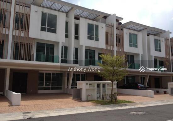 Ihram Kids For Sale Dubai: 3 Storey House, Cassia Garden Residence, Cyberjaya., Jalan