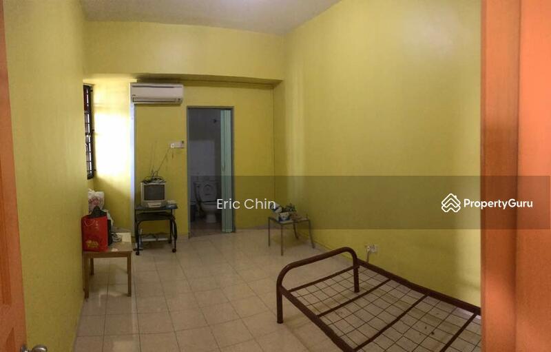 Skudai parade apartment jalan skudai batu 10 skudai johor 3 bedrooms 1000 sqft apartments Master bedroom for rent in johor