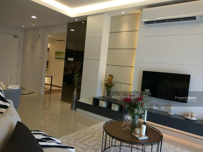 Bukit Jelutong Condominium Partly Furnished #109623041