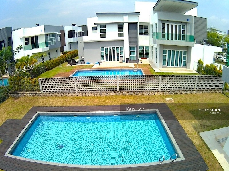 East Ledang Heights Iskandar Puteri Bungalow Swimming Pool 109778159