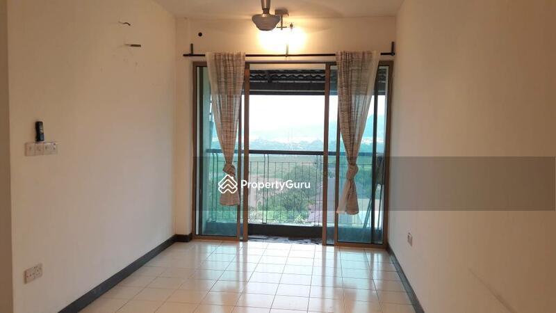 Ritze Perdana  Room For Rent