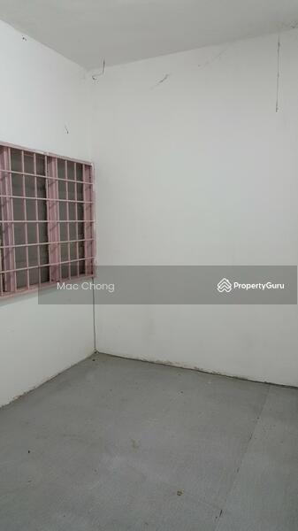 Kajang Taman Maju 2 Storey Terrace House 20x70 Below Market Price #110563829