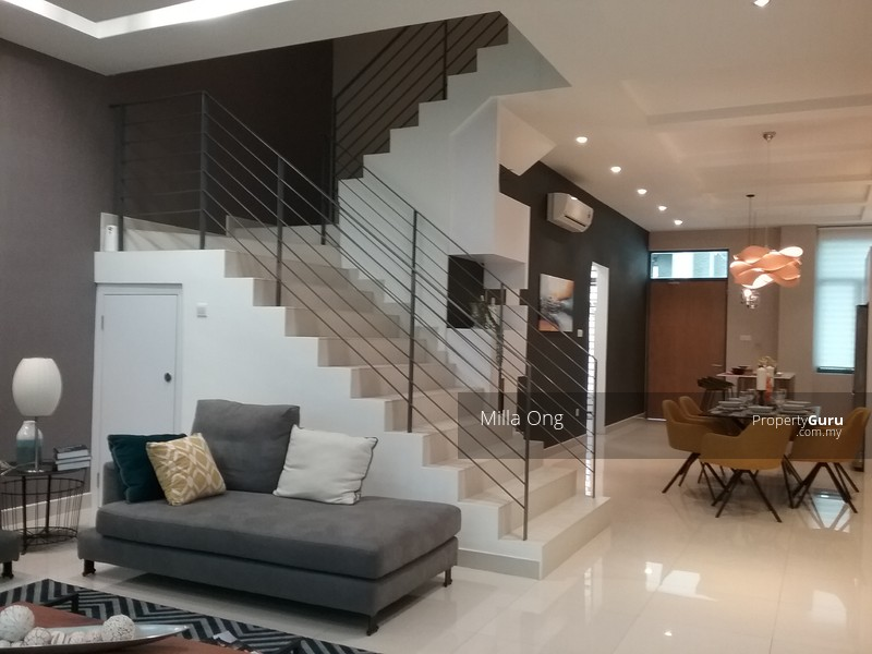 Grandexania  Storey Superlink Homes Fully Furnished Puchong