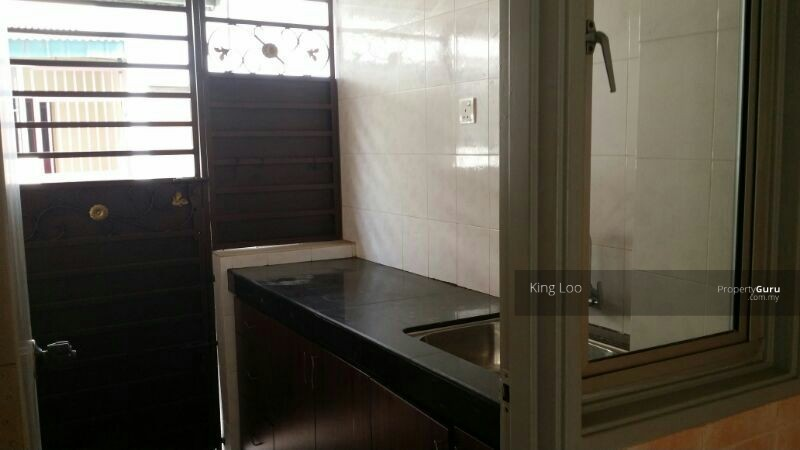 partly furnished link house setia alam setia alam selangor 4