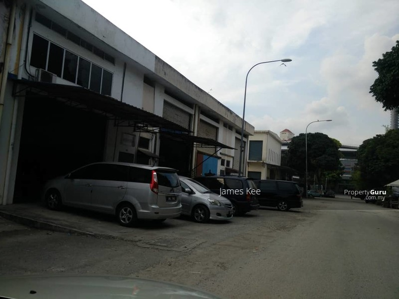 Apartment /Flat Taman impian Ehsan Balakong #127349125
