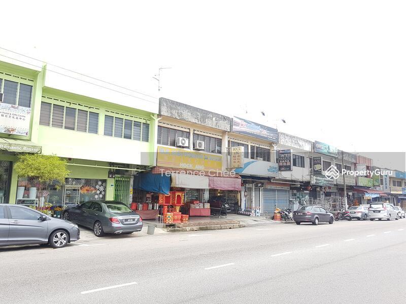 2 storey shop,taman johor jaya #127640373
