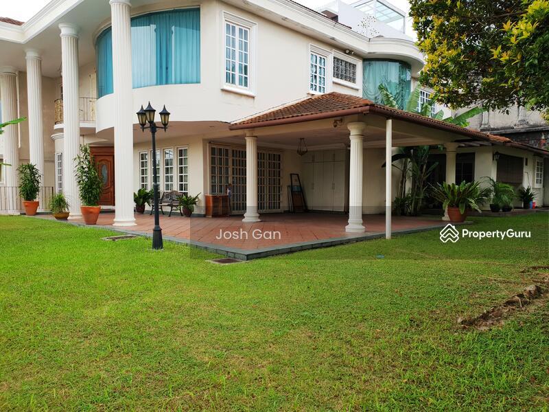 Corner Semi D With Large Land At Damansara Jaya #157631223