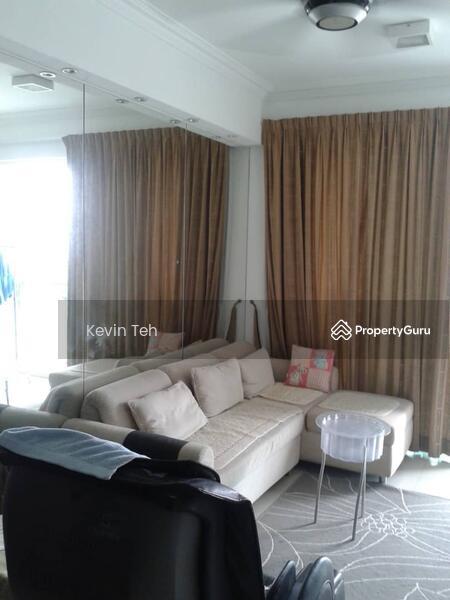 Solaris Dutamas Designer Suites #128909735