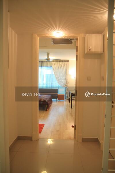 Solaris Dutamas Designer Suites #129646339