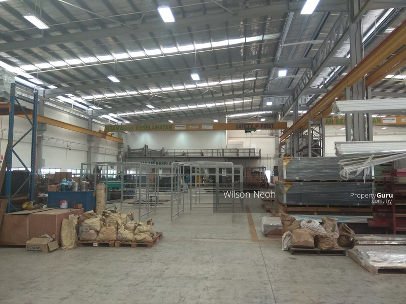 Johor Bahru Kulai Gated Guarded Detached Factory with overhead crane - with  natural gas supply