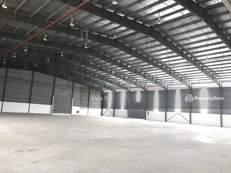 Subang Jaya 3 Storey Detached Warehouse Factory #145884661
