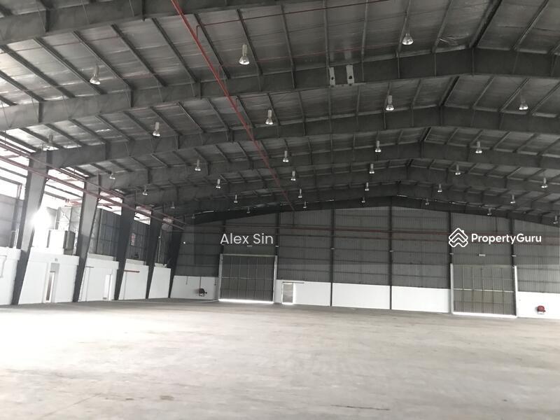 Subang Jaya 3 Storey Detached Warehouse Factory #145884667