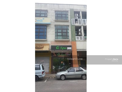For Sale - 3 STOREY SHOP LOT AT LORONG TUN ISMAIL FOR SALE