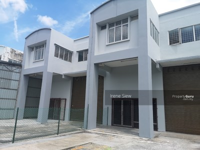 For Sale - Dropped price 1. 5 storey warehouse Green Technology Park for sale