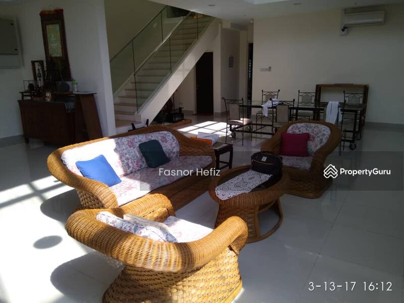 Triple Storey Bungalow Kota Kemuning #138431403