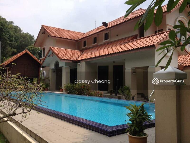 Mutiara Damansara Bungalow with Pool #138440335