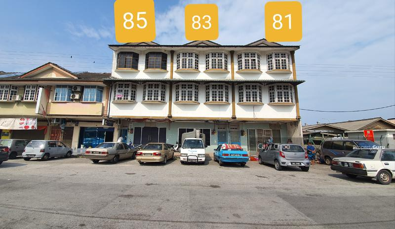 3 sty Shoplot at Jln Chung Ah Meng ipoh for sale or to let #155537947