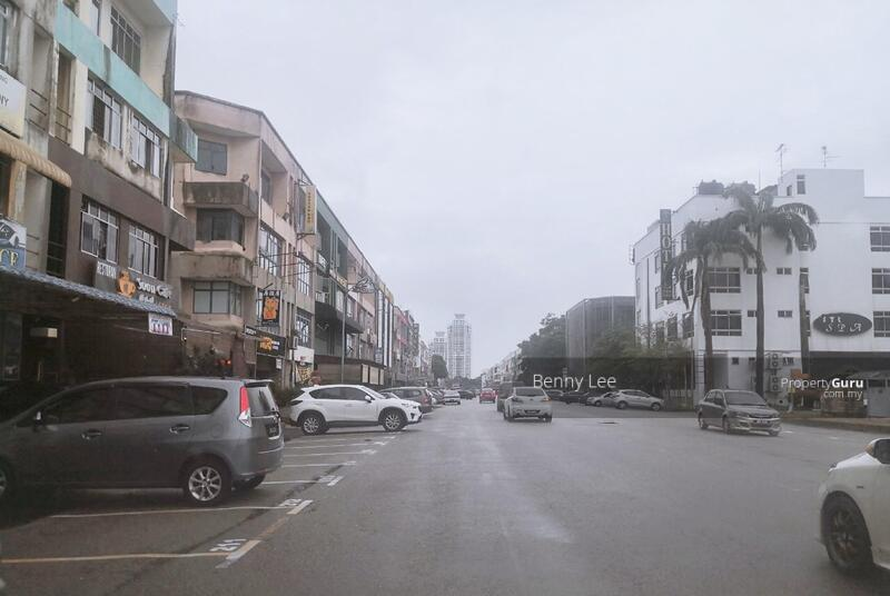 FULL LOAN + LAWYER FEE Permas Jaya Shop Apartment Level 2 #143044053