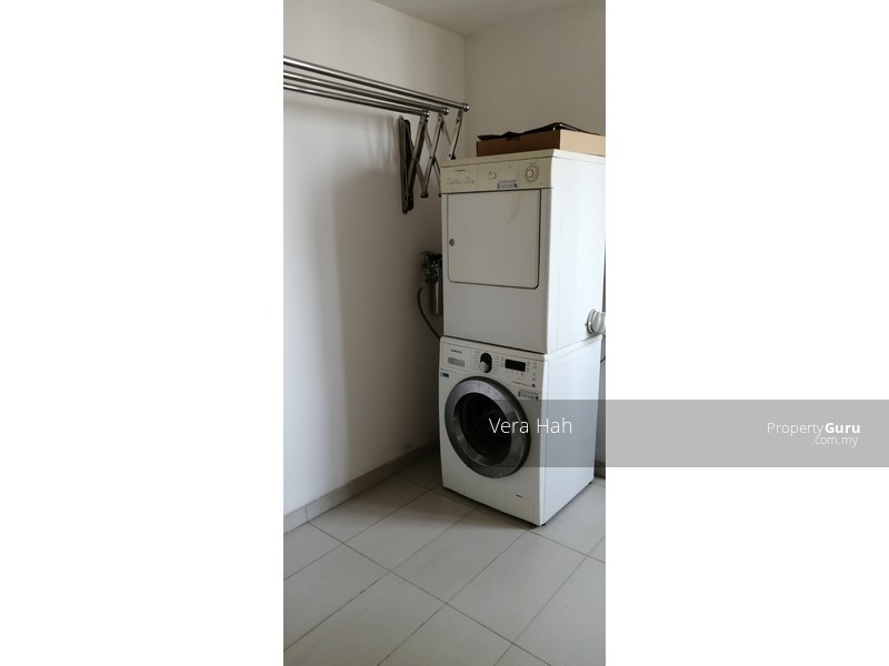 Kiaraville RM1.5mil Corner Unit Good Condition #143262175