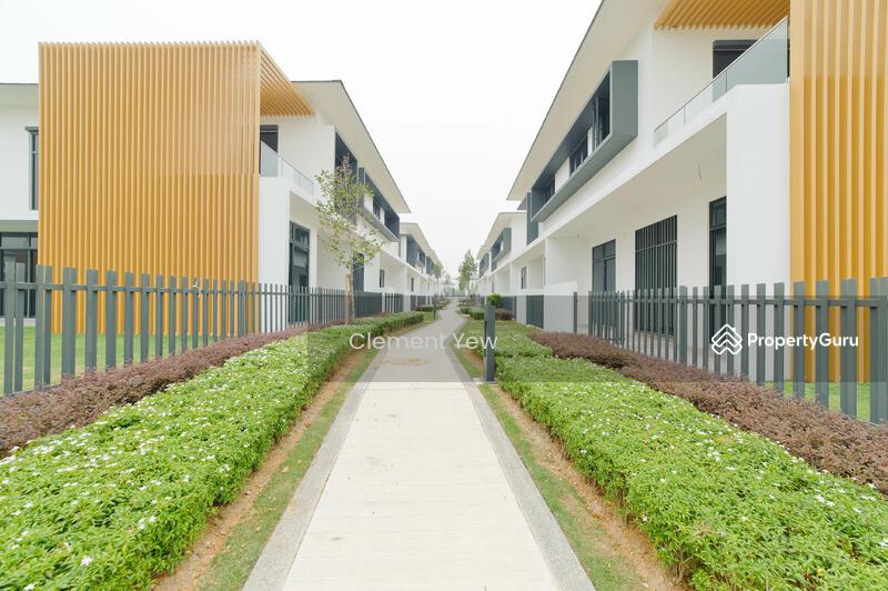 Eco Ardence Pavilion House 32x75 #144940257