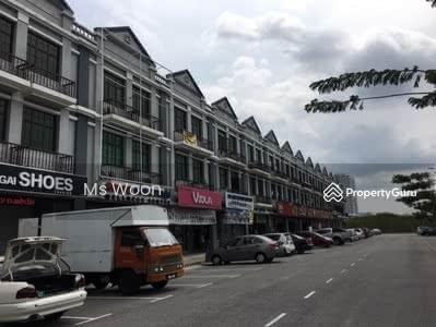 For Sale - End Lot Three Storey Shop, Taman Limbongan Jaya, Kota Laksamana Melaka