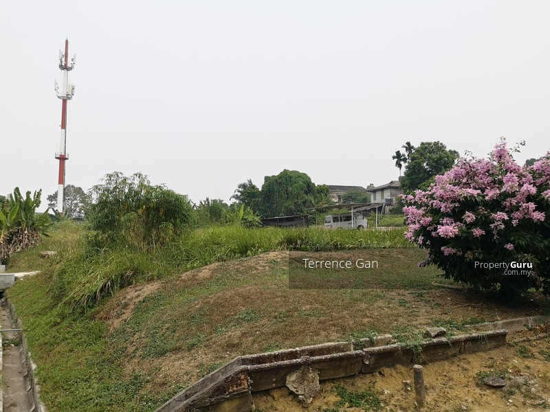 BUNGALOW LAND AT JB CITY CENTRE