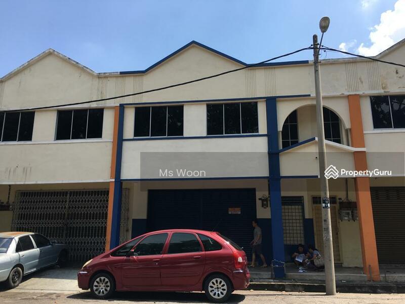 Office Taman Paya Emas, Cheng Melaka #145760227