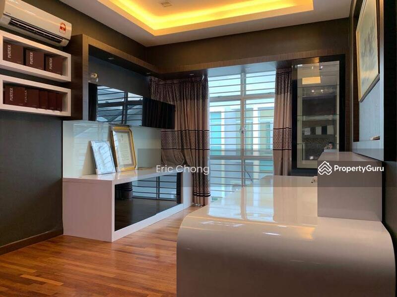 [Renovated] 3 Storey SEMI D Areca Laman Rimbunan Kepong, Kepong, Kepong #147294057
