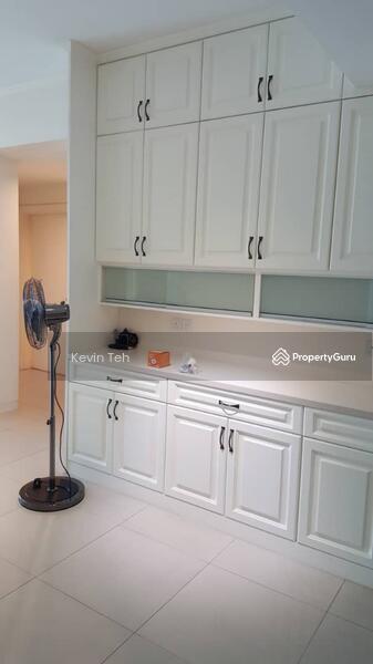 Solaris Dutamas Designer Suites #147939229