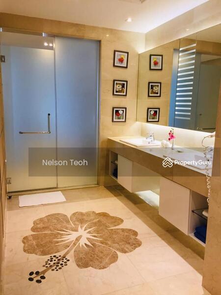 Lexis Suites #148009369