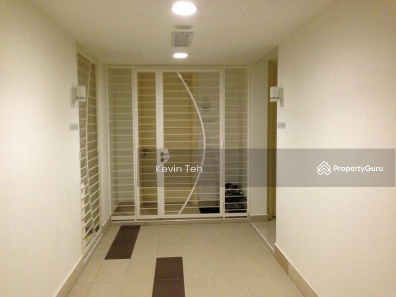 Solaris Dutamas Designer Suites #148056781