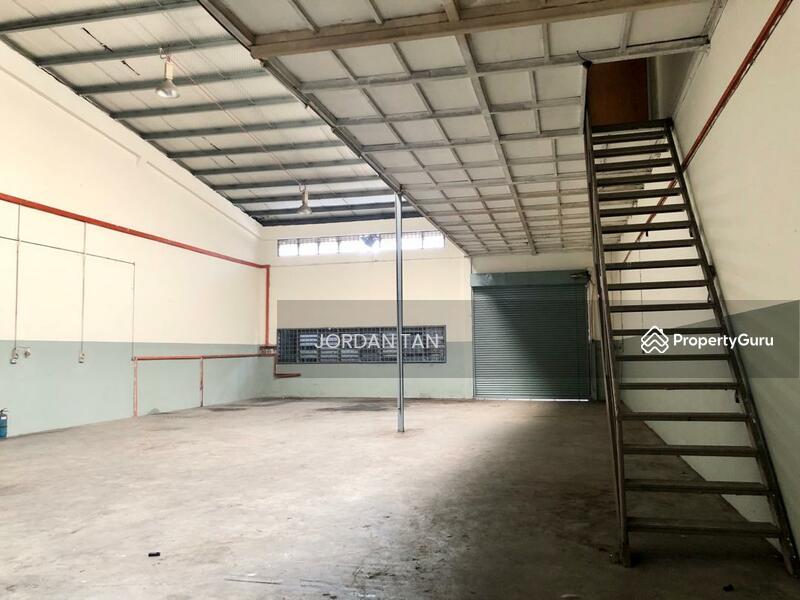 Desa Cemerlang - 1.5 Storey Terrace Factory #148136507