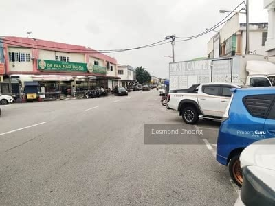 For Sale - Corner Shop Facing Main Road at beside TF Manjung
