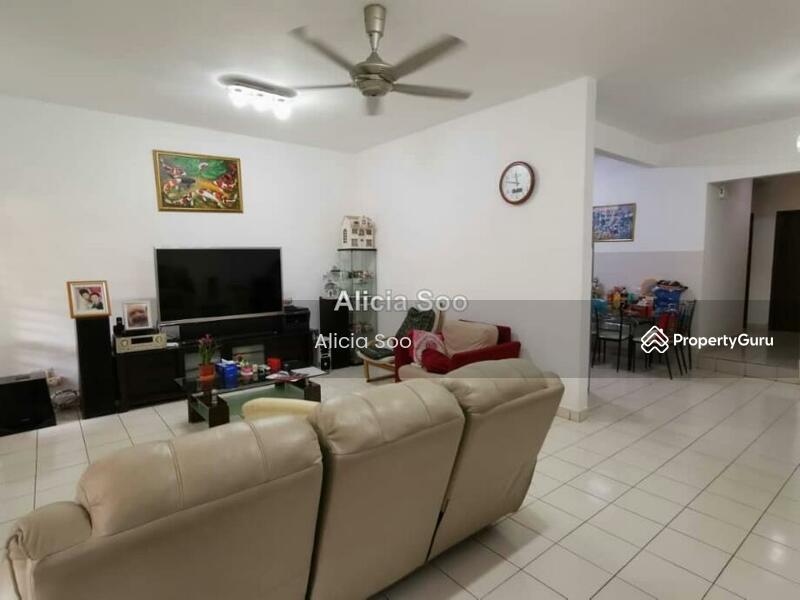 Villa Damansara #150357525