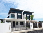Last Corner Unit!Freehold 2 Storey 40x80 !First Come First Servey , Near KL