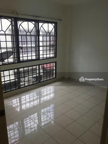 Suria Apartment @ Damansara Damai #150796987