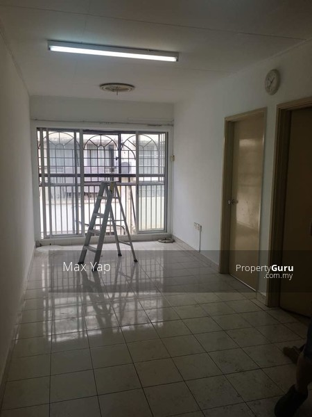 Suria Apartment @ Damansara Damai #150796999