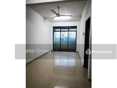 For Rent - Double storey terrace with balcony, telok panji 4 bed 3 bath