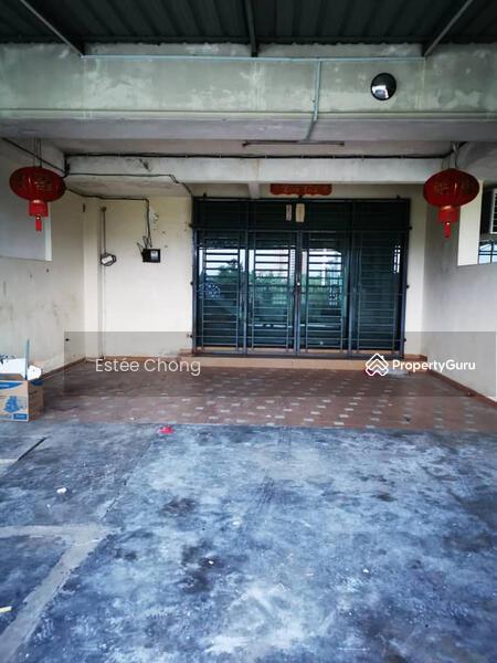 Double storey terrace with balcony, telok panji 4 bed 3 bath #150837875