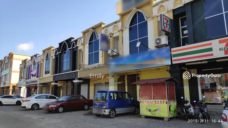 Freehold 2 Storey Shop Office In Jalan Padang Tembak, Kota Bharu, Kelantan #151117743