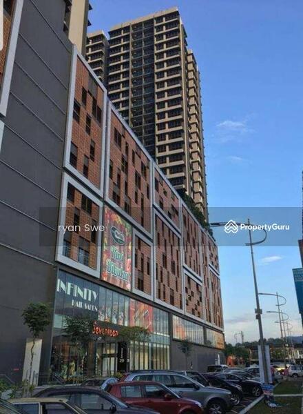 Seventeen Mall & Residences #151940371