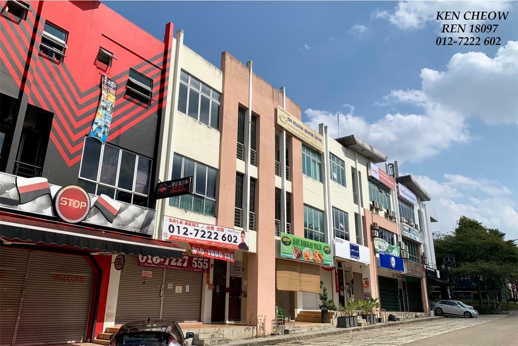 For Sale - Taman Molek 3 Storey Shop For Sale