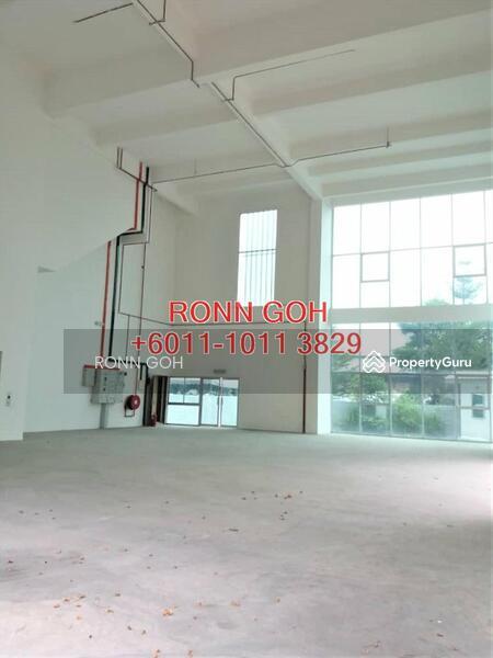 * SUBANG JAYA * 2 STOREY SEMI-D CORPORATE OFFICE & WAREHOUSE (FOR SALE) - BUILT UP 6,650 SQFT #153922303