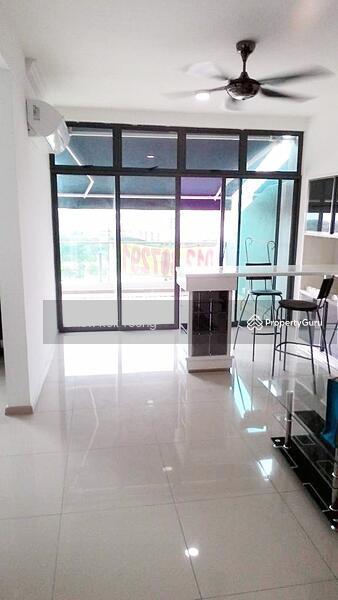 Vista Alam Serviced Apartment #155254305