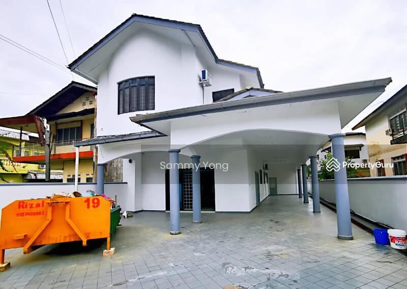 Taman Iskandar #155489353