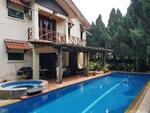 SWIMMING POOL CORNER LOT Subang Bestari Terrace House